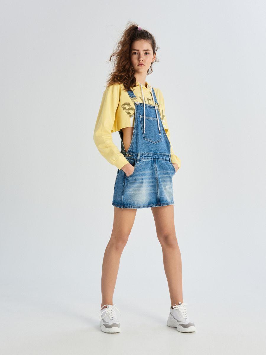 be4c5b5865e1 Denimová sukňa na traky