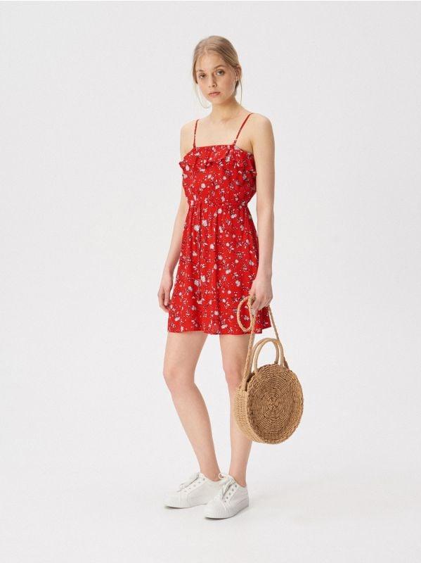b841bec8c4ed Šaty s odhalenými ramenami · Šaty na ramienka - červená - VP198-33X - SINSAY