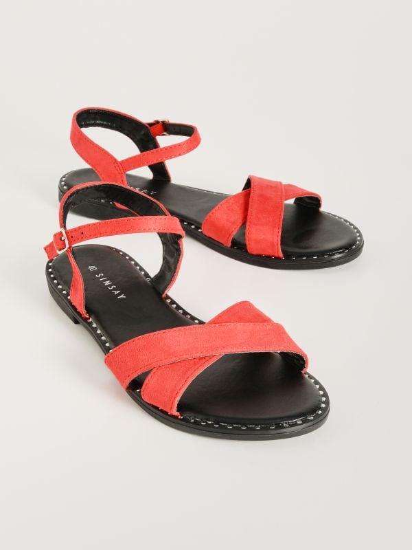 8346cfa1ae57 Sandále s prekríženými remienkami · Sandále s prekríženými remienkami -  červená - VX347-33X - SINSAY