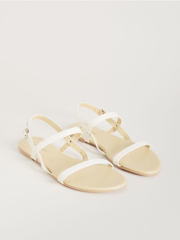 4f7fef4214f88 Sandały ze splecionymi paskami · Sandały z paskami - biały - VX363-00X -  SINSAY