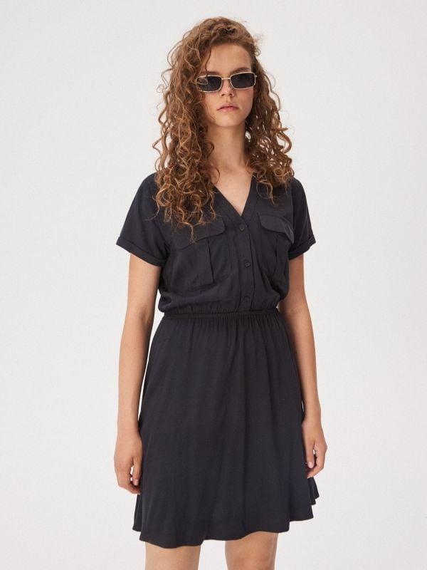 ae2ab403f8f691 Dopasowana sukienka z półgolfem · Sukienka z kieszeniami - szary -  WD595-90X - SINSAY